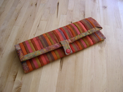Needlecase with snap closure (warm colorway)